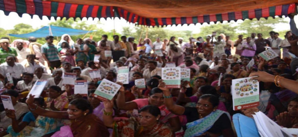 Farmers lay siege to MRO office