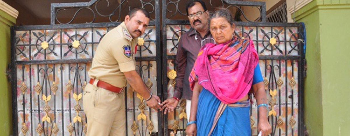 Lodge seized for illegal activities in Yadagirigutta