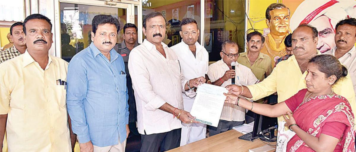 WG dist gets `200 cr CM Relief Fund: MLA Badeti Bujji