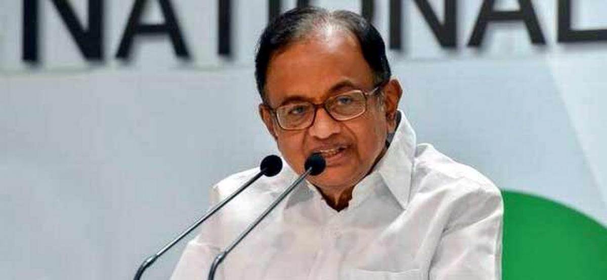 No economist praised demonetisation globally: Chidambaram