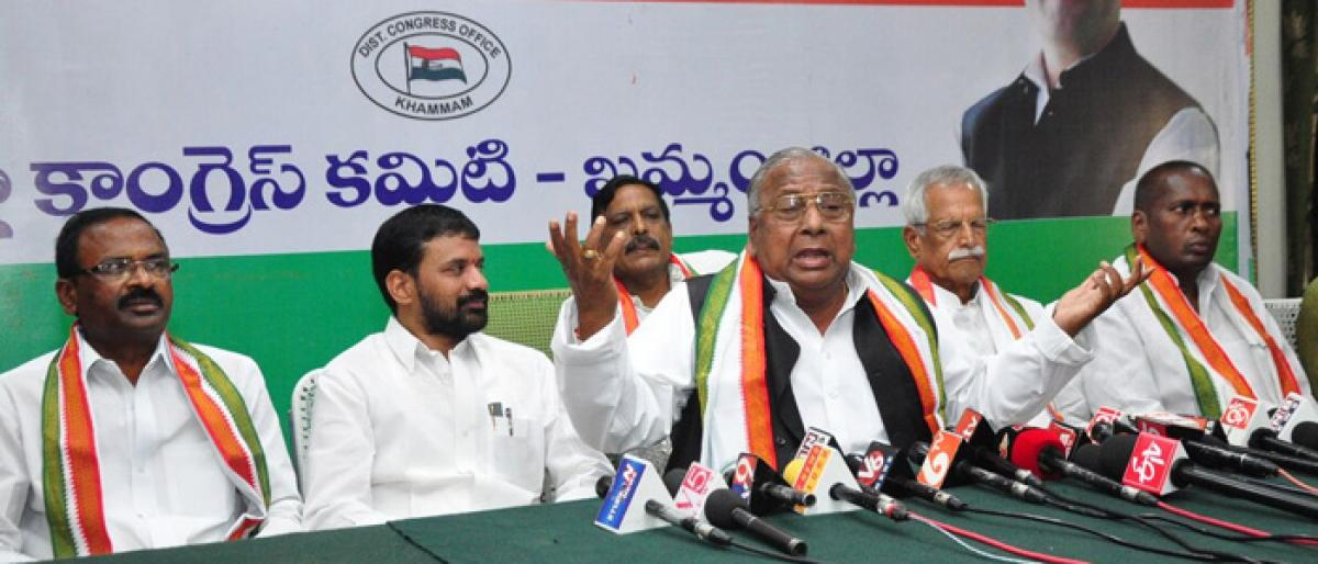 Congress criticises KCR for not paying tributes to Dr Ambedkar