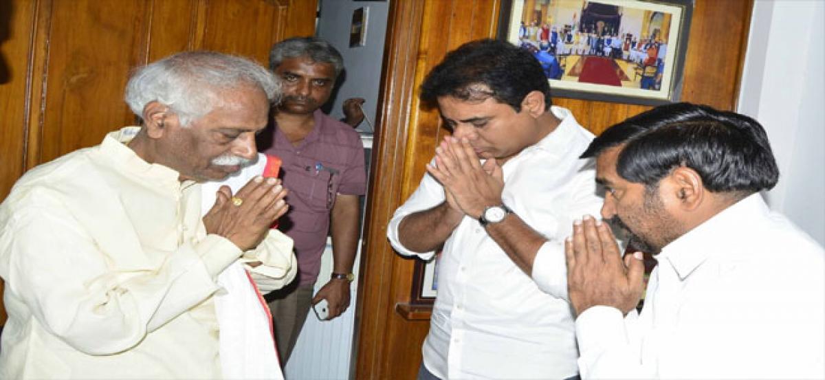 -Leaders offer condolences to Dattatreya