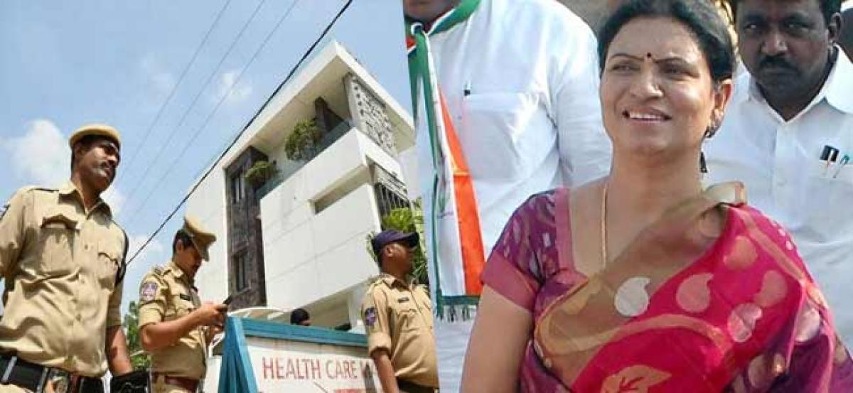 Congress leader DK Aruna blames TRS for IT raids on Revanth