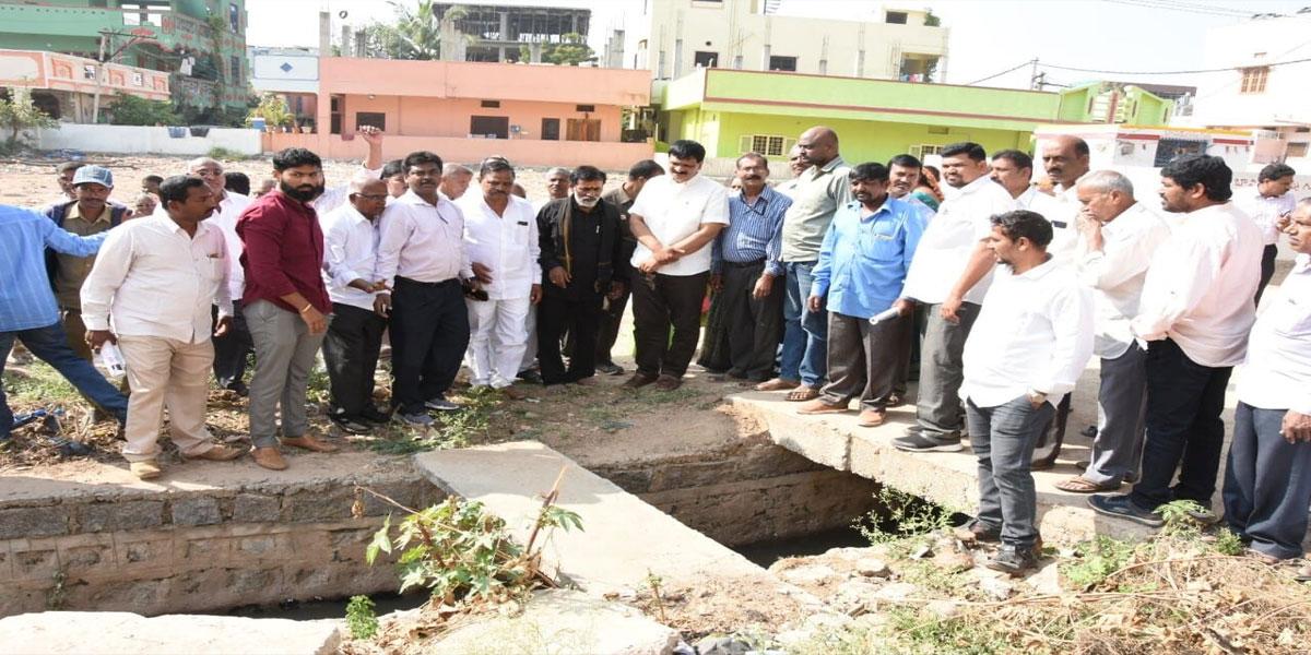MLA Mynampally Hanumantha Rao vows solution to drainage issue