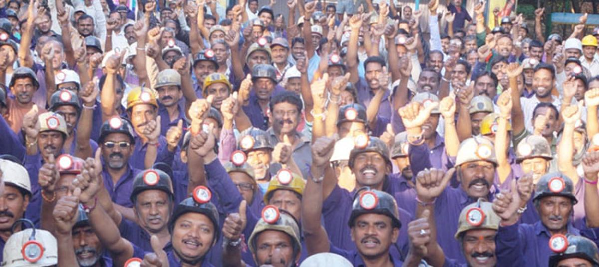 Services of 900 SCCL Badili workers regularised
