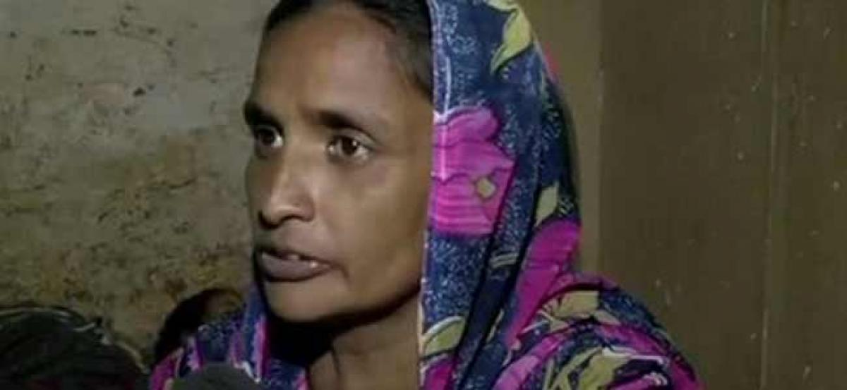 Social media users raise funds for family of deceased Delhi sewage worker