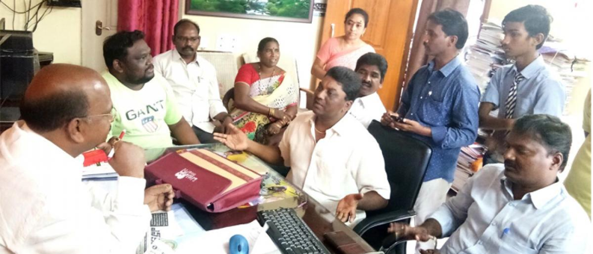 Slapping of student sparks controversy in Akiveedu