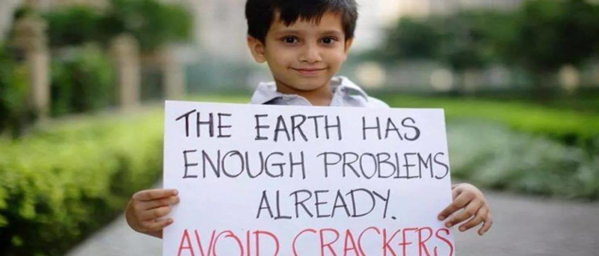 Delhi encourages schoolkids to celebrate cracker-free Diwali