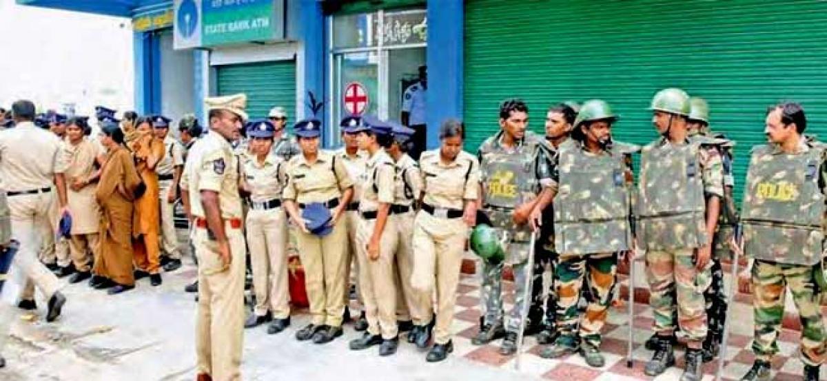 Devotees agree to leave Tadpatri ashram