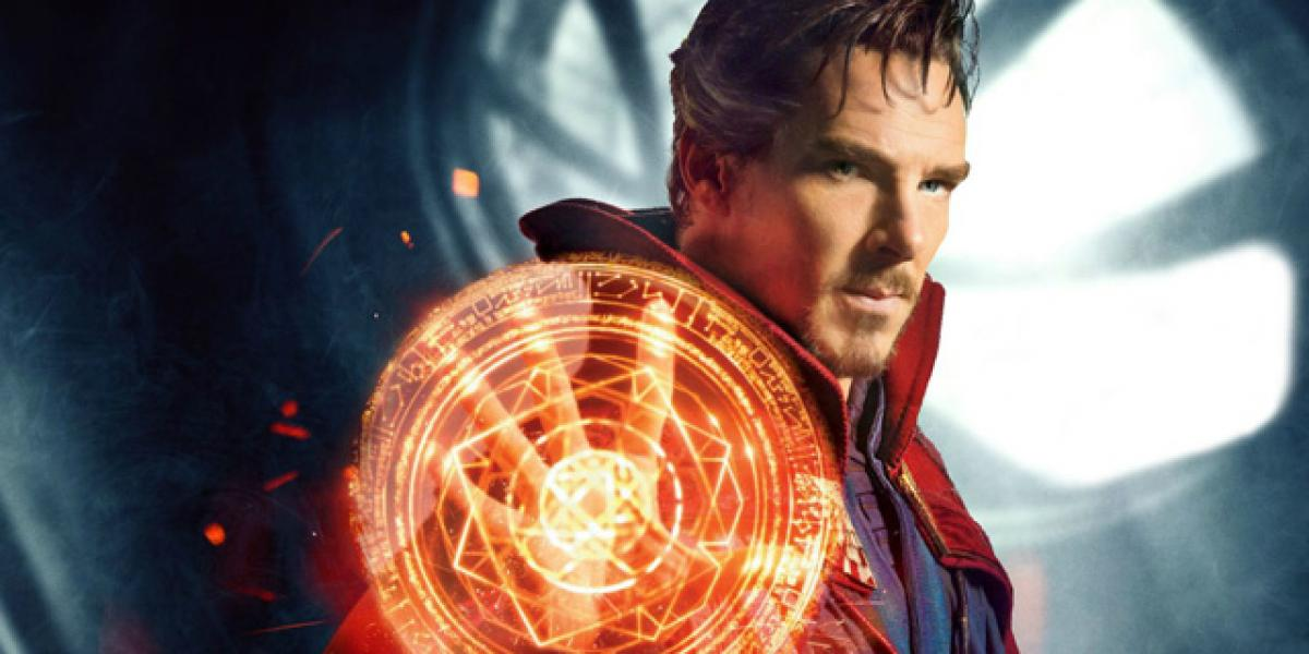 Doctor Strange gets attacked in Avengers: Infinity War