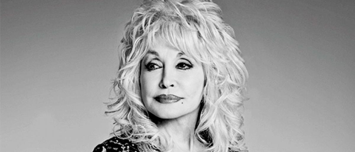 Dolly Parton to Produce Anthology Series on her Music