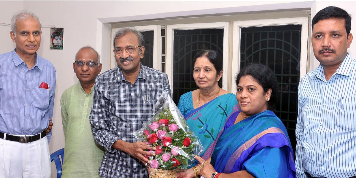 Psychiatrist Karri Rama Reddy gets PhD on student behaviour