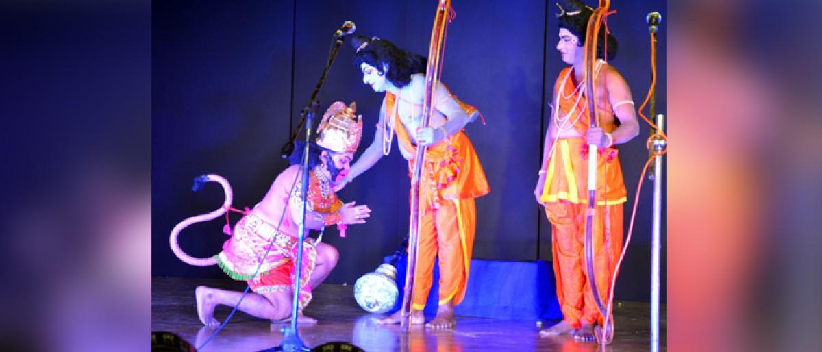 Accolades to Sri Rama Pattabhishekam verse drama in Vijayawada