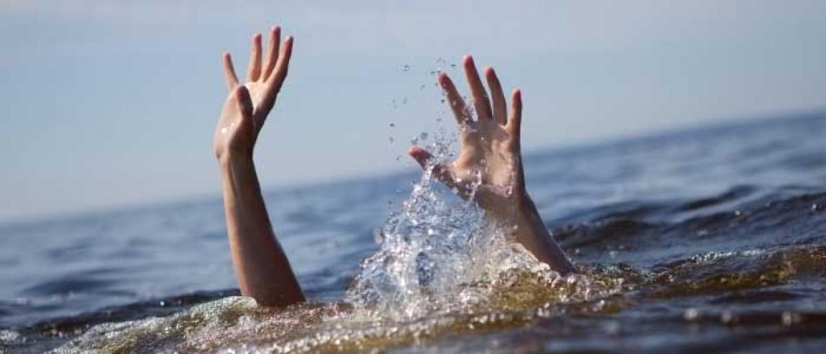 Three children drown in Nalgonda