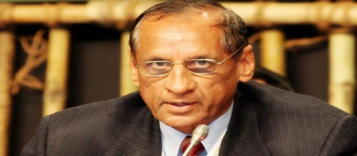 Governor E S L Narasimhan greets people on New Year