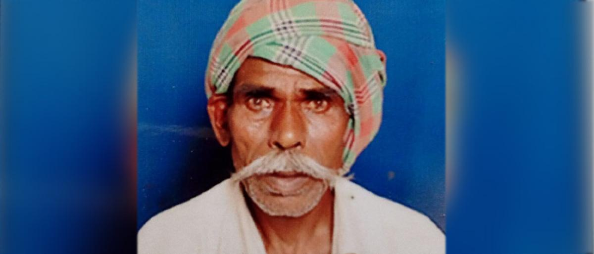 Robbed of Rythu Bandhu scheme money,farmer ends life in Jadcherla