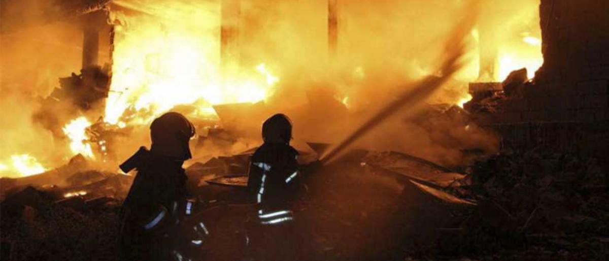 2 killed, 9 injured in godown fire in New Delhi