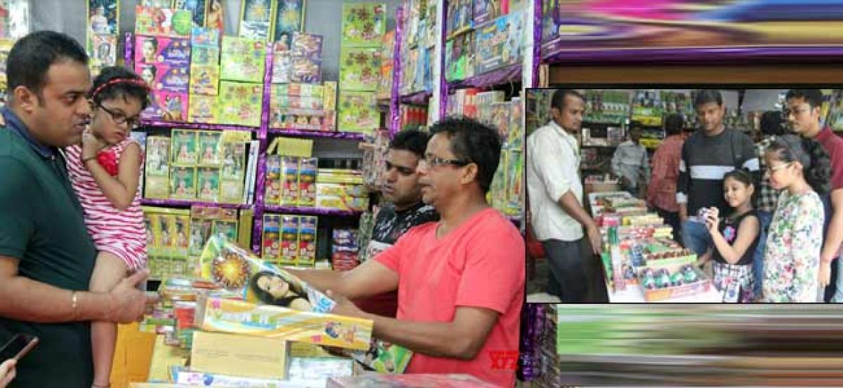 Firecracker sales drop 40%, makers seeks policy from Centre