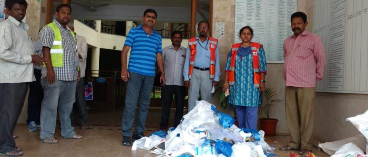 Shops fined Rs 11,900 for stocking banned plastic