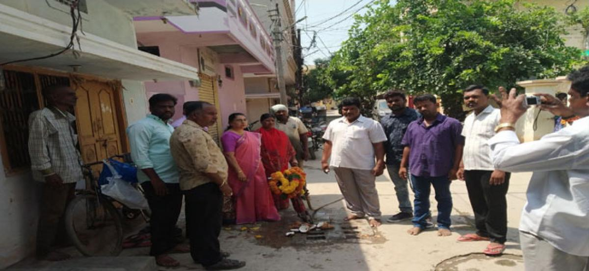 Corporator inaugurates drainage repair works
