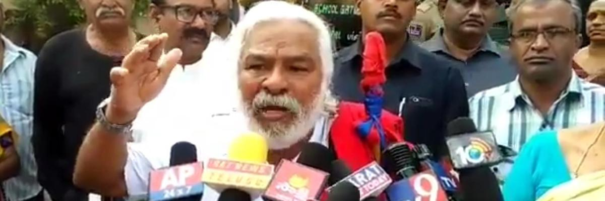 Telangana assembly elections 2018: 70-year-old Gaddar votes for the first time