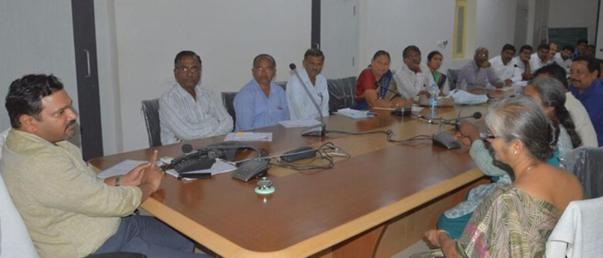 Gadwal embarks on qualitative education, partners with IEC