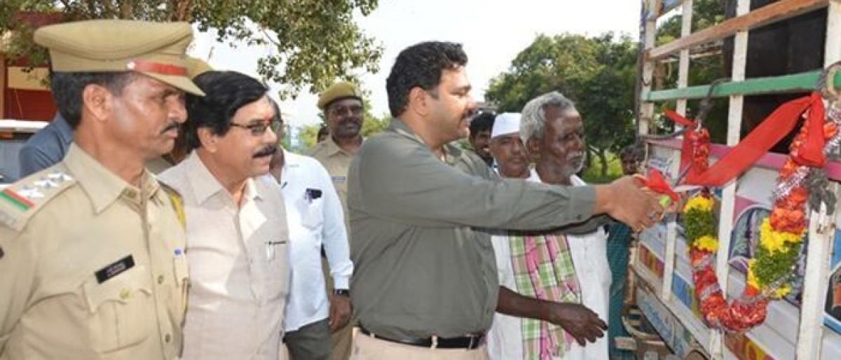 3 Gudumba makers in Gadwal given alternative jobs