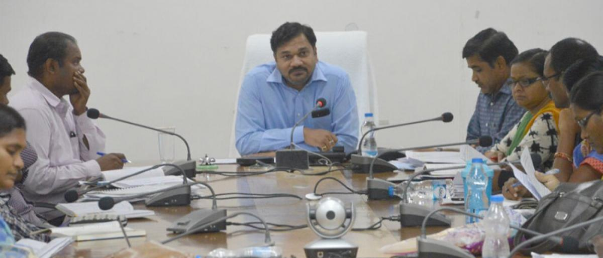 Gadwal APMs pulled up for not achieving SHGs loan target