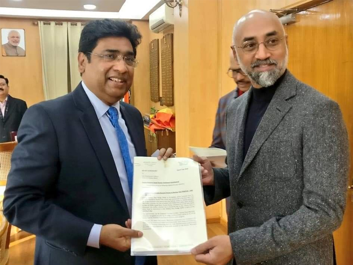 MP Galla Jaydev meets Railway Board chairman in Guntur