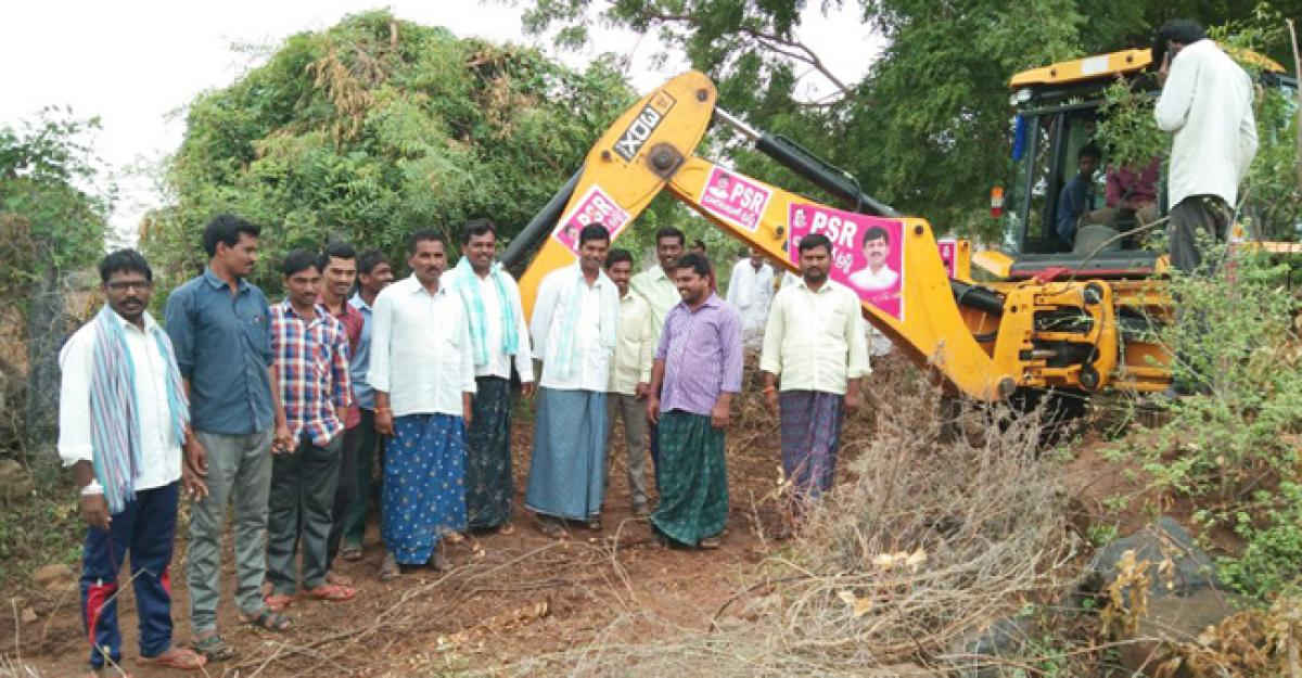 Road works in Raghunathapalem mandal in Khammam at brisk pace
