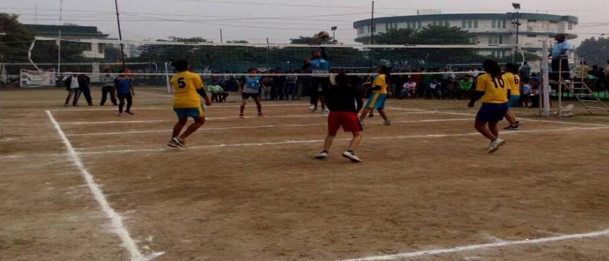 Girl students to get free coaching  in volleyball, basketball