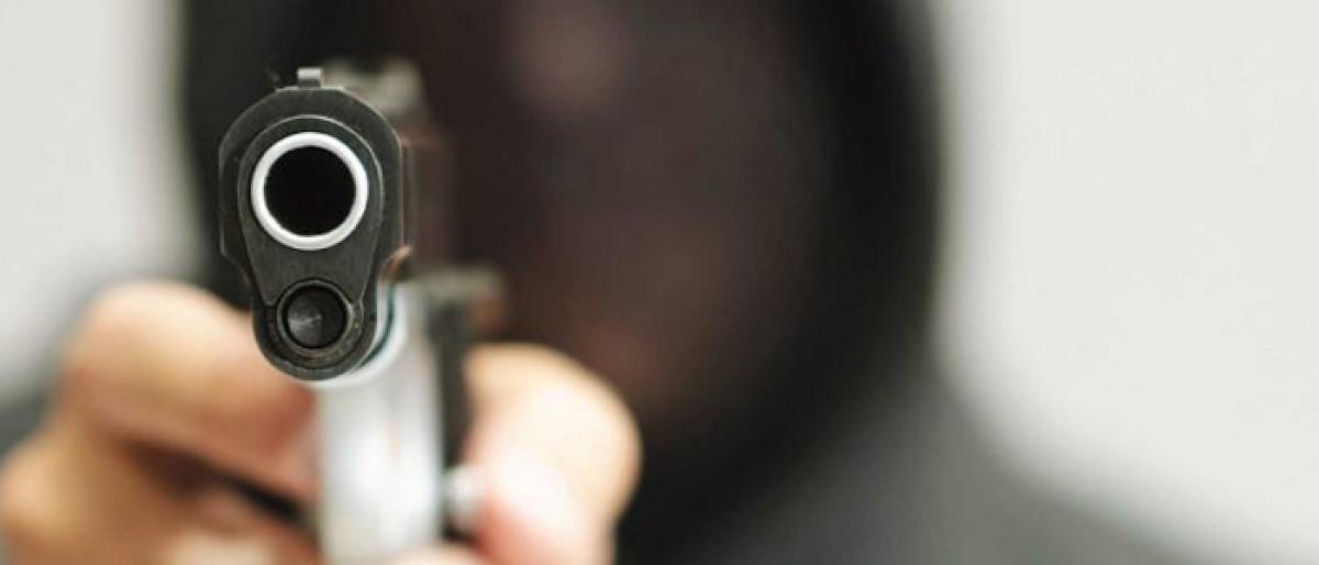 Three held for robbing man at gunpoint in delhi