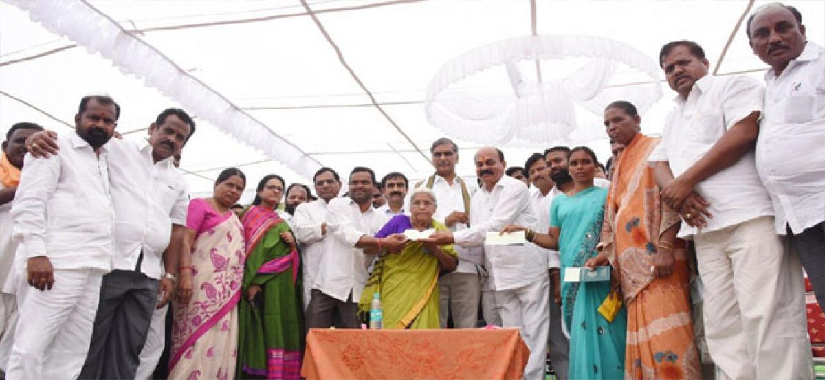 TRS govt first to clear revenue land records in country: Harish