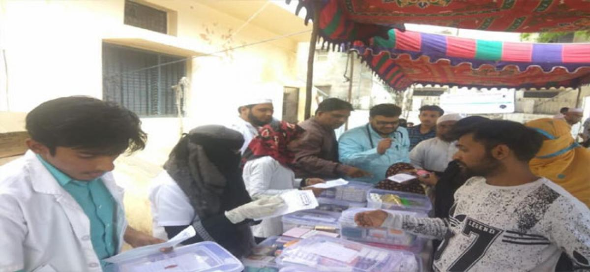 Free medical camp organised by a team of doctors in Santosh Nagar area