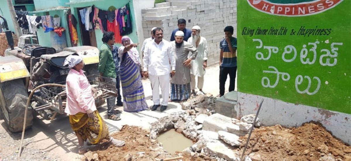 Expedite UGD work near mosque: Corporator