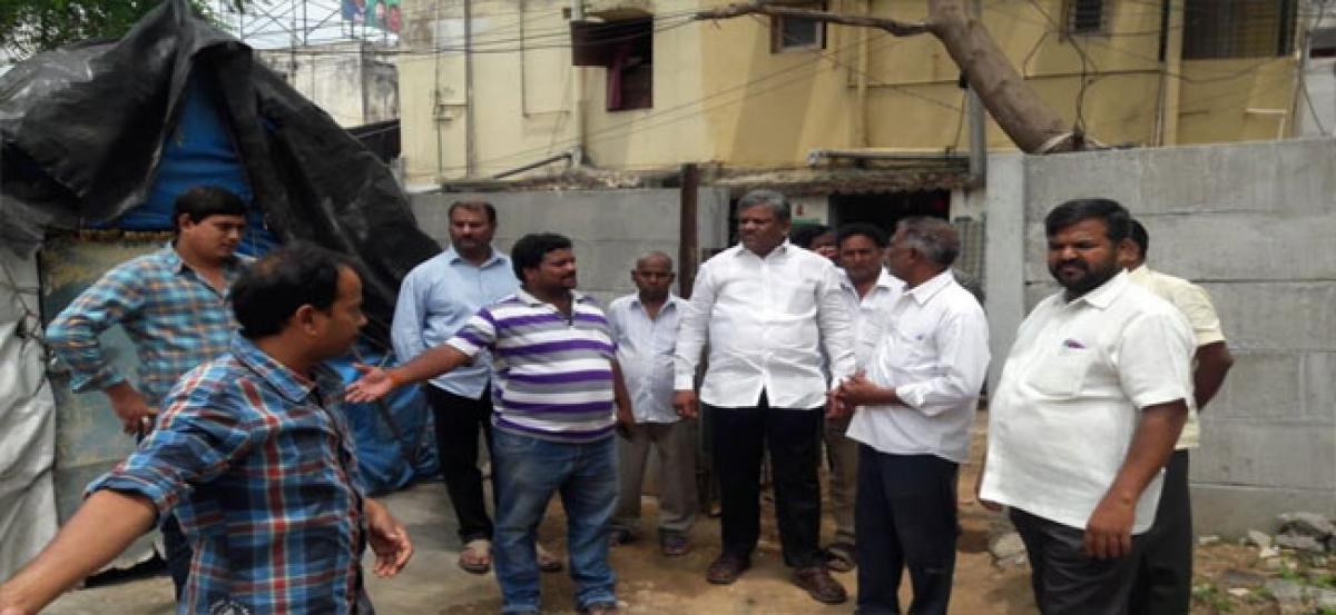 Mandadi blames commercial complexes for sewerage problem
