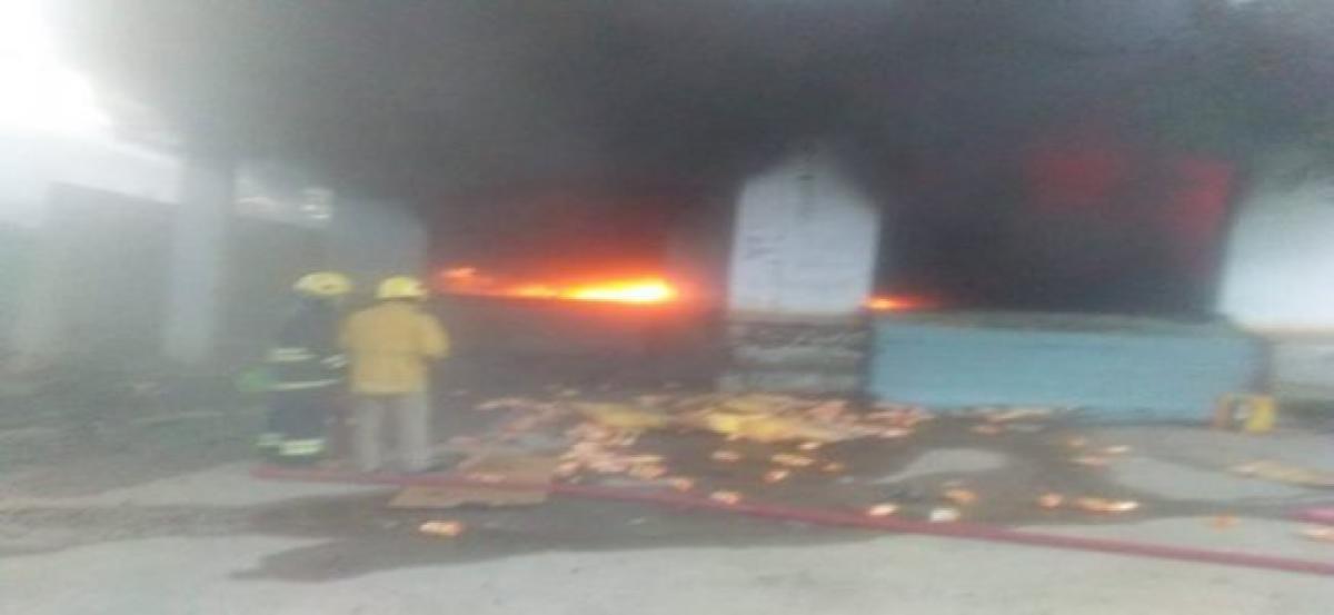 Hyderabad: Major fire accident at fertilizer godown in Hayath Nagar