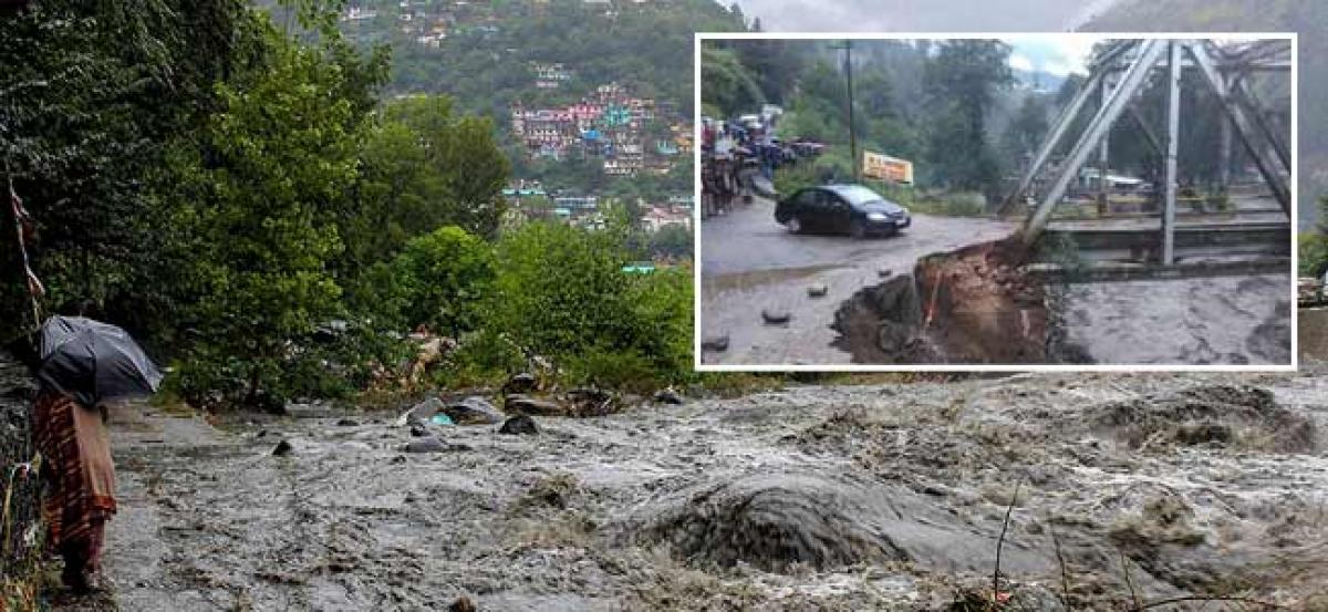 Eight washed away in Himachal; Manali cut off