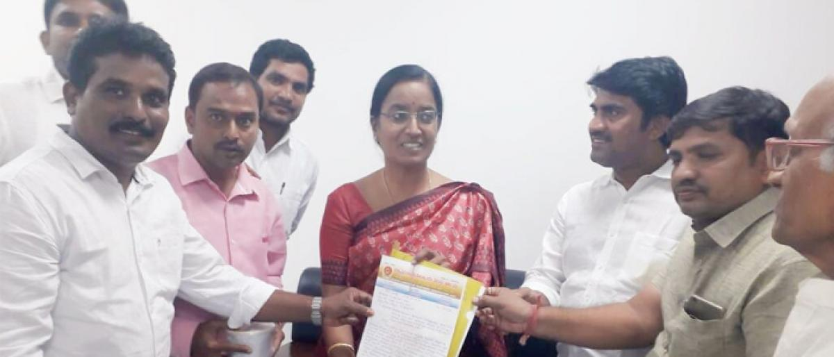 Plea to fill Hindi teacher posts