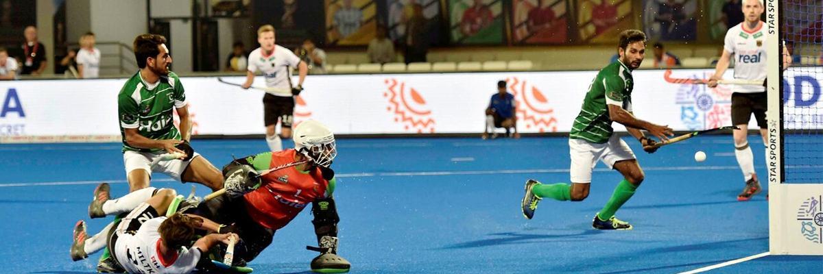 Hertzberger scores hat-trick, Netherlands demolish hapless Malaysia 7-0