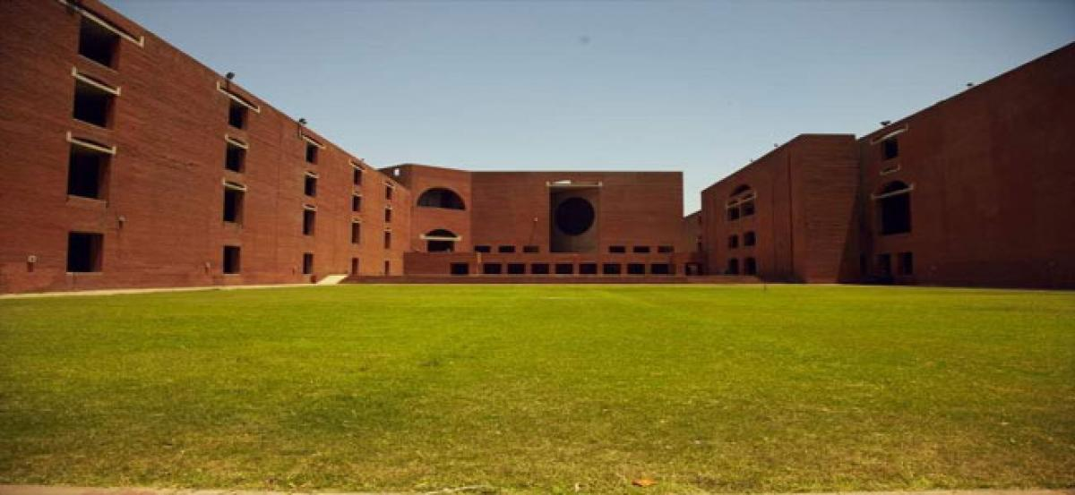 IIM-A conducts talk session with founder Parul Gupta