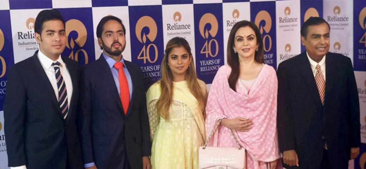 Mukesh Ambani's daughter Isha to marry Anand Piramal in December