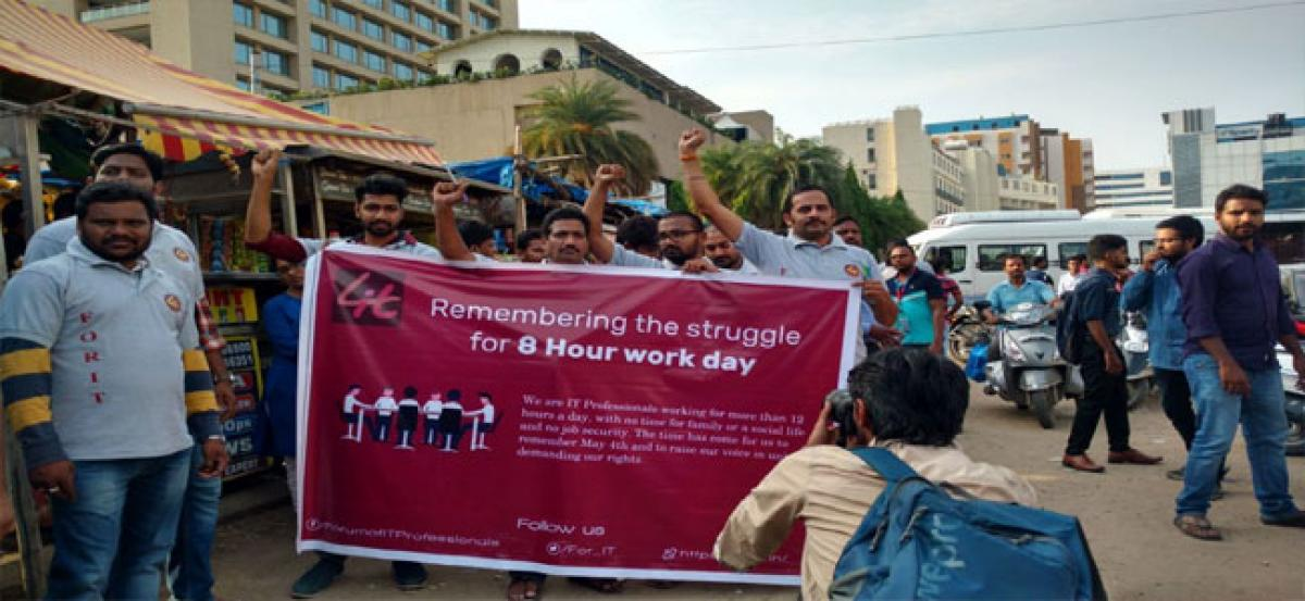 IT employees demand 8 hour work day