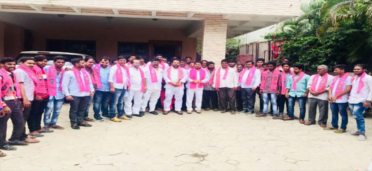 Khairatabad youth join TRS party