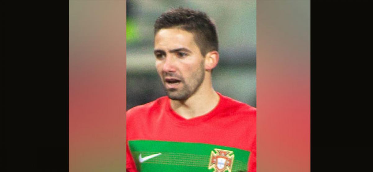 Wolves sign Monaco midfielder Joao Moutinho