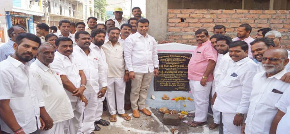 MLA Vivekanand inaugurates drainage works