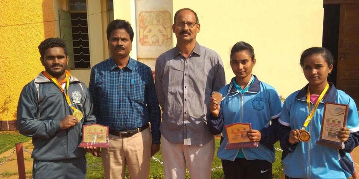 Krishna University wins medals in weightlifting