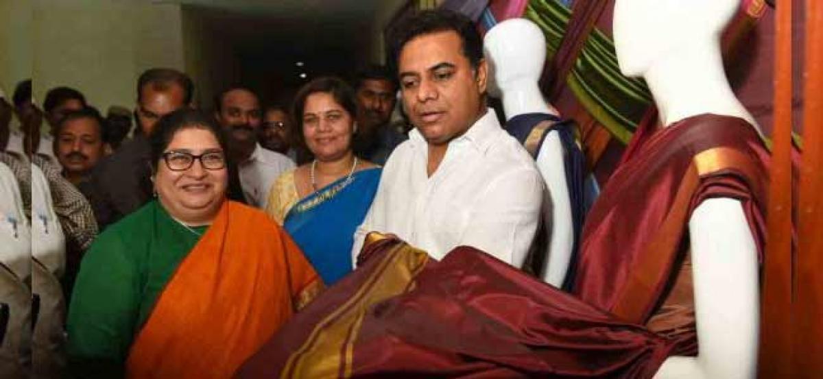 Telangana: 95 lakh Bathukamma sarees ready for distribution