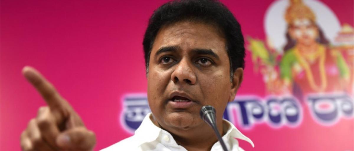 KTR addresses Gujarati Samaj