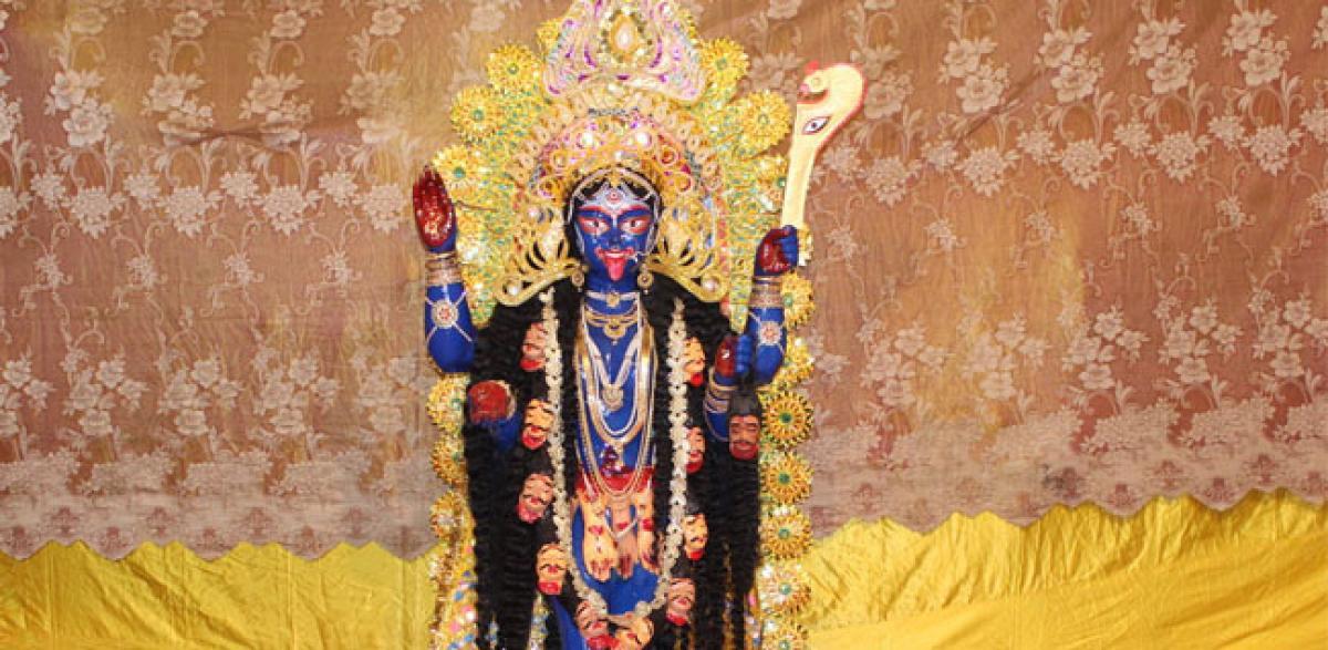 Like Sabarimala, this Kolkata Kali Puja  prevents womens entry